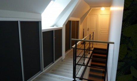 Menuisier à Fougères pour travaux de menuiserie et aménagement d'intérieur sur mesure